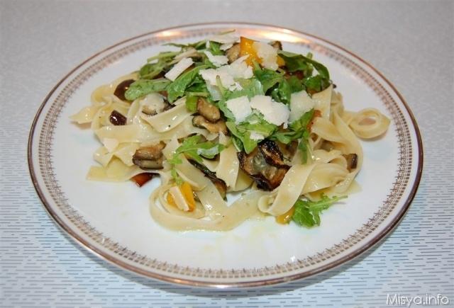 Tagliatelle verdure e rucola