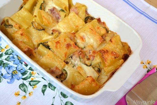 Paccheri al forno con zucchine e pancetta ricetta - Cosa cucinare la domenica ...
