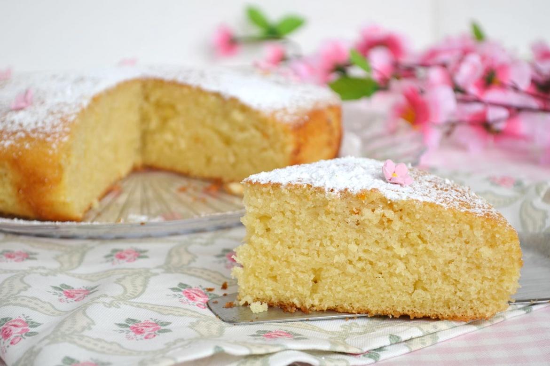 Torta 5 minuti ricetta torta 5 minuti di misya for Ricette torte facili