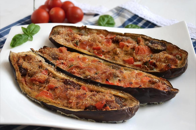 Melanzane a barchetta ricetta melanzane a barchetta di for Melanzane ricette