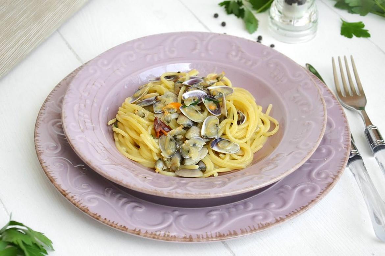 Spaghetti con le telline ricetta spaghetti con le - Cucina con misya ...