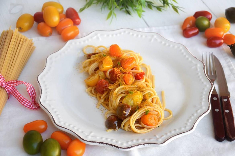 Pasta con pomodorini e bottarga - Ricetta Pasta con pomodorini e ...