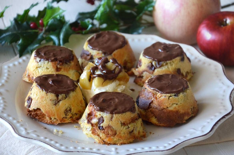 Tortine di panettone alle mele