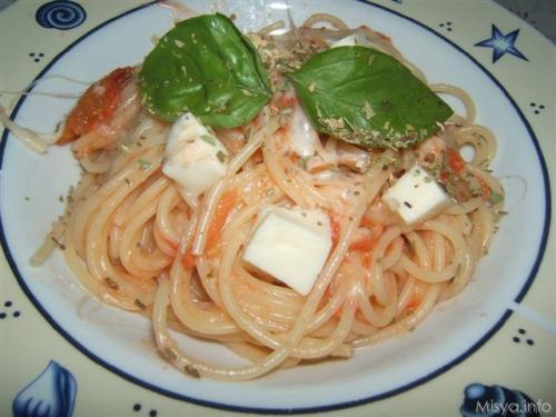 spaghetticaprese.JPG