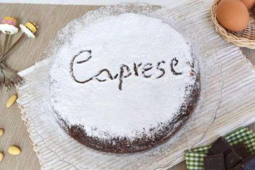 Ricette napoletane Torta Caprese al cioccolato