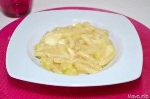 Ricette Pasta Pasta e patate con la provola