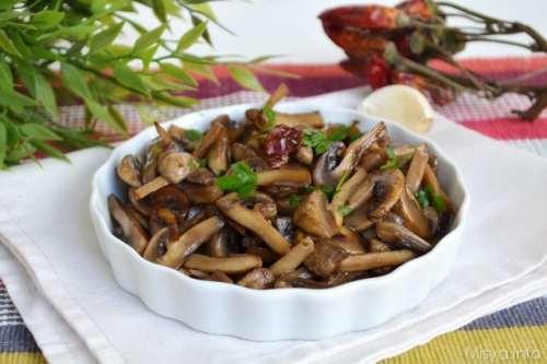 Contorni ricette Funghi trifolati