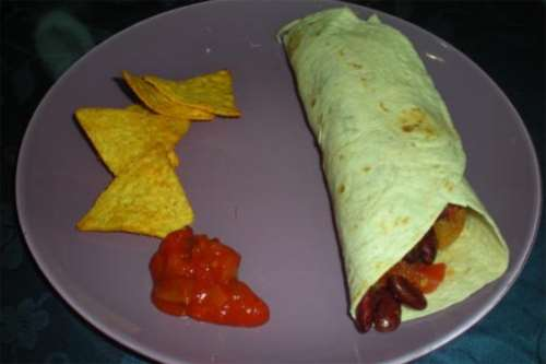 Ricette messicane Tortillas ripiene di salsiccia e fagioli