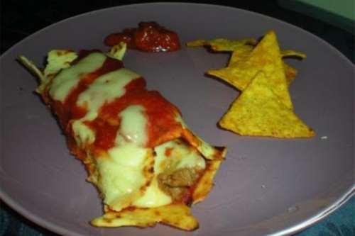dal mondo ricette Enchiladas con salsicce