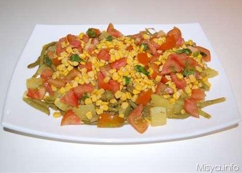 Vegetariane ricette Insalata di patate e fagiolini
