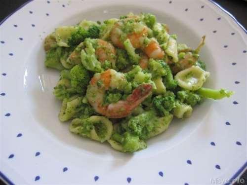 Orecchiette broccoli e gamberi