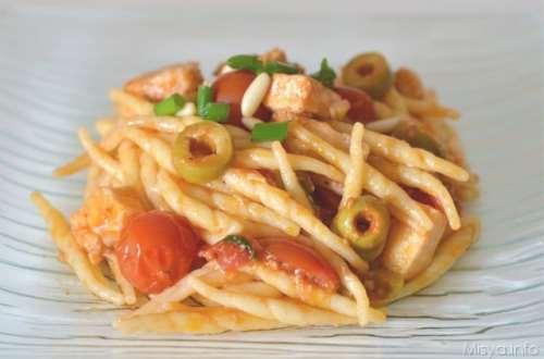 Ricette  Pasta con pesce spada e olive
