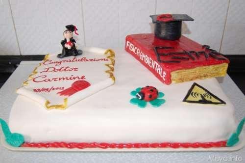 ricette Torta di laurea con pasta di zucchero