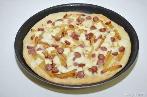 Pizza würstel e patatine