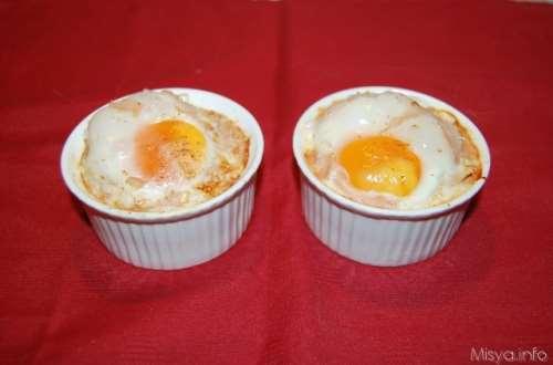 Ricette Secondi piatti Cocottine uova e funghi
