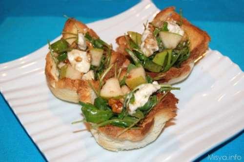 Insalata pere noci e gorgonzola