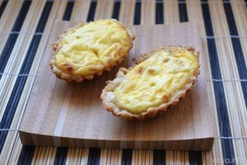 Finger food ricette Quiche cipolle e feta