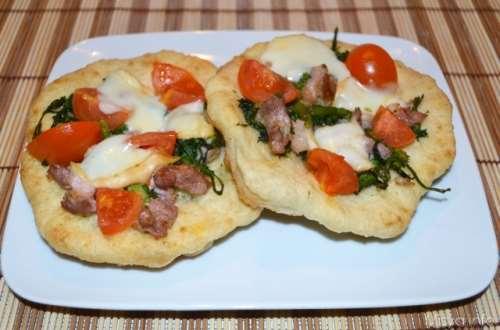 Pizzette salsiccia e friarielli