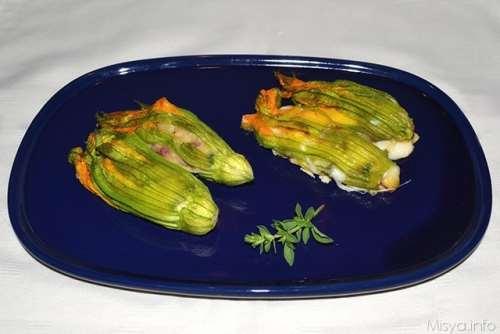 ricette Fiori di zucca ripieni al forno