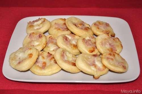 Pizze e Focacce ricette Pizzette al prosciutto