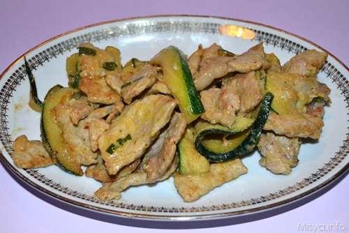ricette Straccetti con zucchine e senape