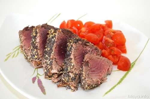Secondi piatti ricette Tagliata di tonno al sesamo