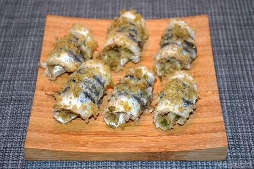 Pesce azzurro ricette Rotolini di alici al forno