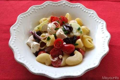 Ricette Insalate di pasta Pasta fredda alla greca