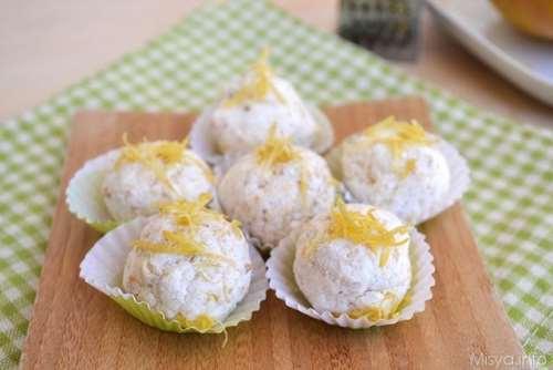 Finger food ricette Bocconcini di ricotta e mandorle