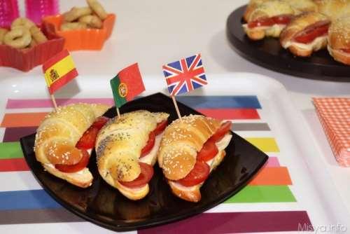 Finger food ricette Cornetti salati di pasta brioche
