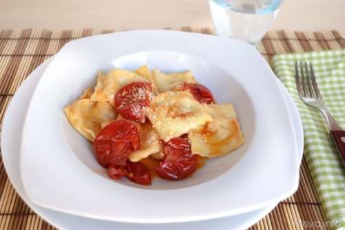 Pasta fresca ricette Ravioli ricotta e prosciutto