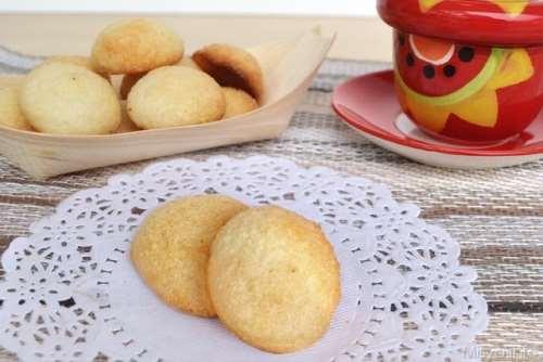 Ricette  Biscotti al cocco e latte condensato