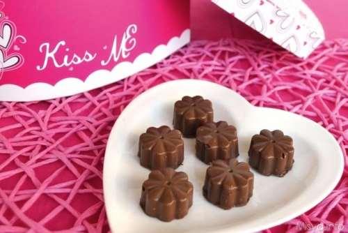 Cioccolatini ripieni di latte condensato