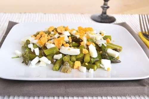 Ricette Insalate Insalata di asparagi e uova