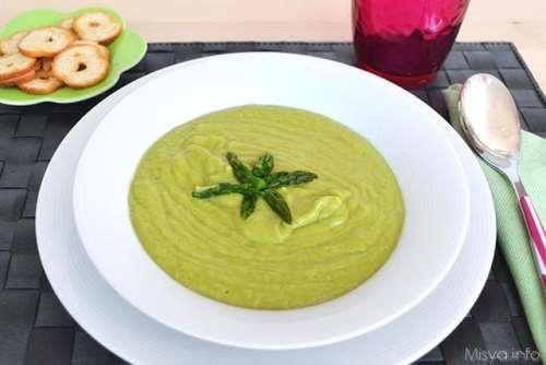 Minestre e zuppe ricette Vellutata di asparagi