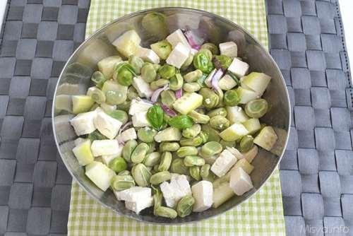 Ricette Insalate Insalata di fave e feta