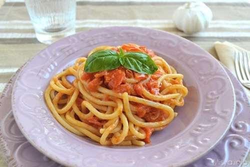 Piatti tipici toscani ricette Pici all'aglione