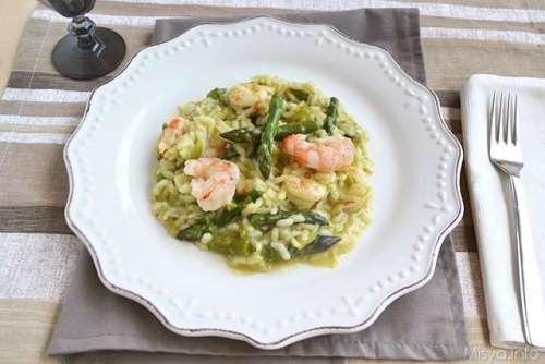 Riso ricette Risotto con asparagi e gamberi