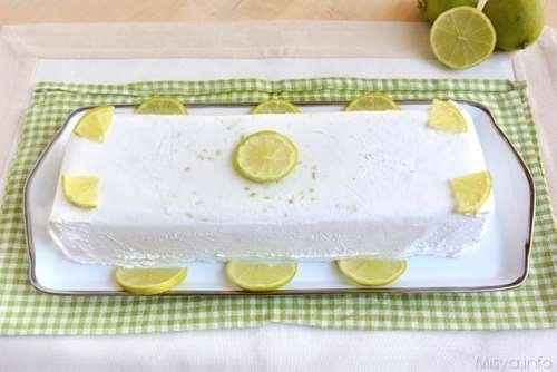 Semifreddi ricette Semifreddo al latte di cocco e lime