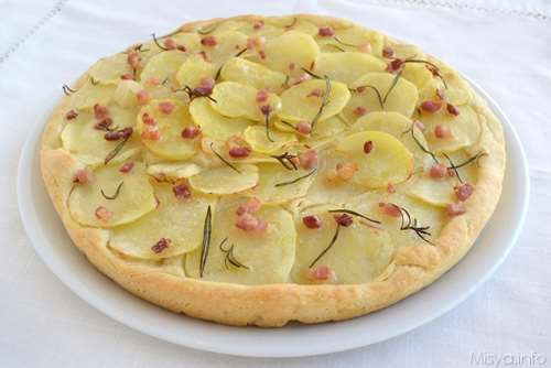 Pizze e Focacce ricette Focaccia con patate e pancetta