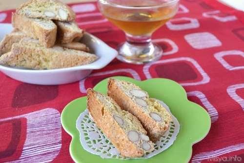 Ricette Biscotti Cantucci