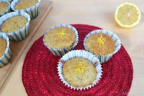Ricette Muffin dolci Muffin al limone e semi di papavero