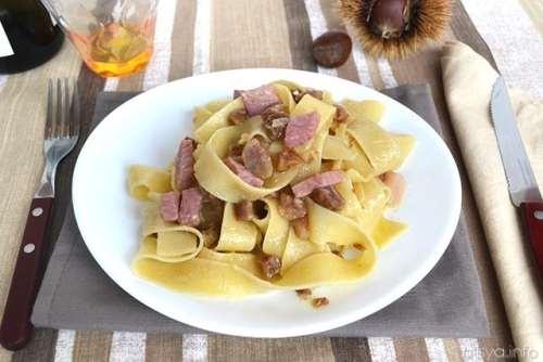 Ricette trentine Pappardelle con castagne e speck
