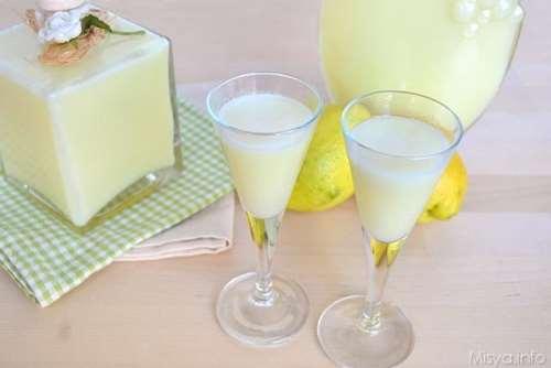 Liquori e cocktail ricette Crema di limoncello