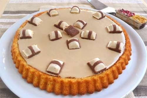 Crostata morbida al kinder bueno