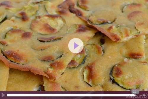 Videoricetta schiacciatina di zucchine