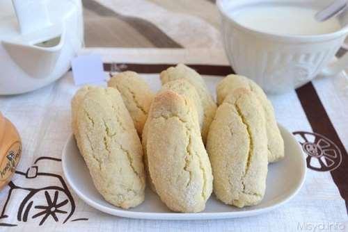 Ricette Biscotti veloci Biscottoni