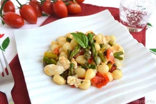 Ricette  Gnocchi con asparagi e pomodorini