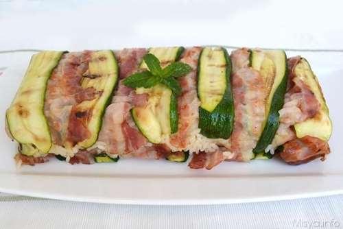 Ricette Primi piatti Timballo di riso con zucchine e bacon
