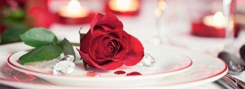 Come organizzare una cena romantica